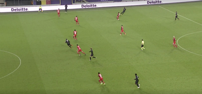 Foto: Afgekeurde goal Anderlecht zorgt voor discussie