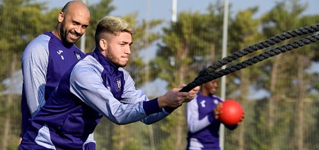 Foto: TRANSFERUURTJE: 'Anderlecht verkoopt talent, City kaapt target Club weg'