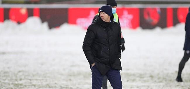 Foto: Van den Brom snoeihard nadat Genk toch moest spelen