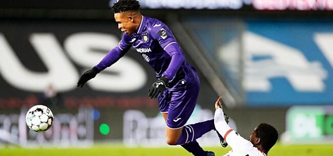 Foto: Twee Anderlecht-spelers krijgen volle laag: