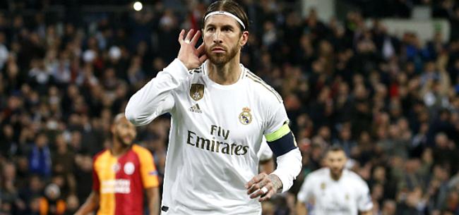 Foto: Ramos zet Piqué op zijn plaats: