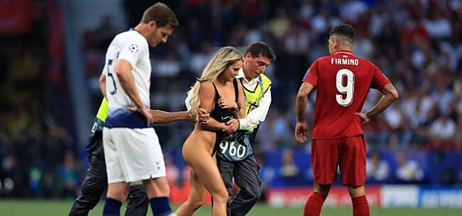 Foto: Liverpool-spelers flirten met Kinsey Wolanski: